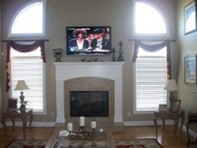 Clean Living Room Window Treatments